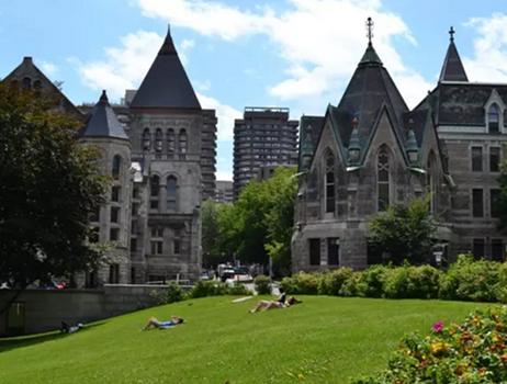 加拿大留学价格