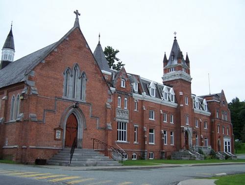 加拿大留学机构
